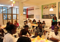 """Girls Night Out"": Participants discuss mobile app ideas at Buni Hub"